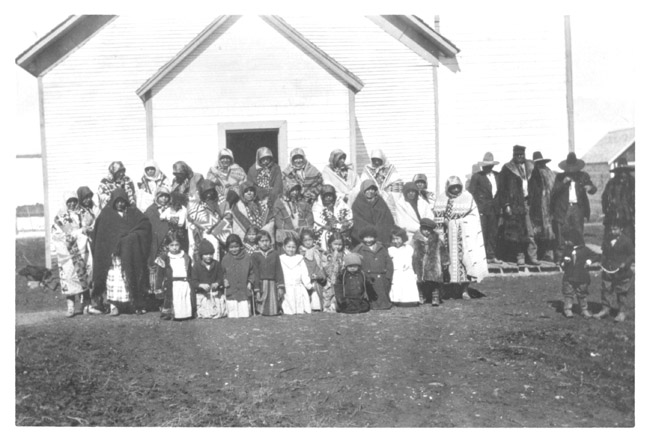 lodge grass women Reverend william augustus petzoldt (1872-1960) petzoldt worked as a baptist minister and missionary in sheridan, wyoming prior to moving to lodge grass in 1903.