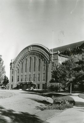 The north entrance of Romney Gym, 1944