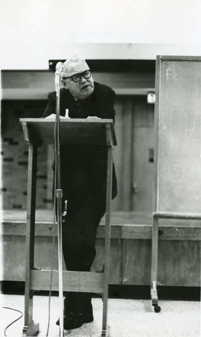 Henry Steele Commager standing at a podium, 1969/1970